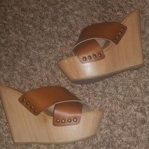 Mossimo Wedge heels EUC